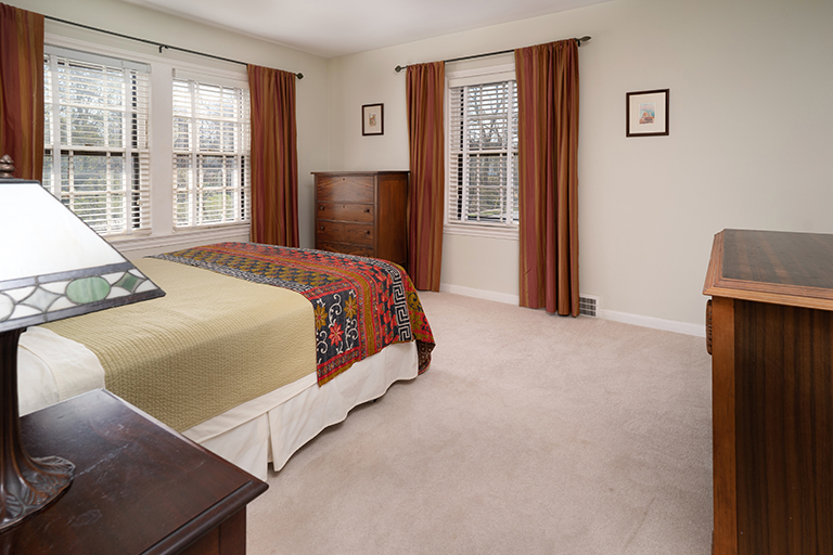 main bedroom in shaker heights real estate photo